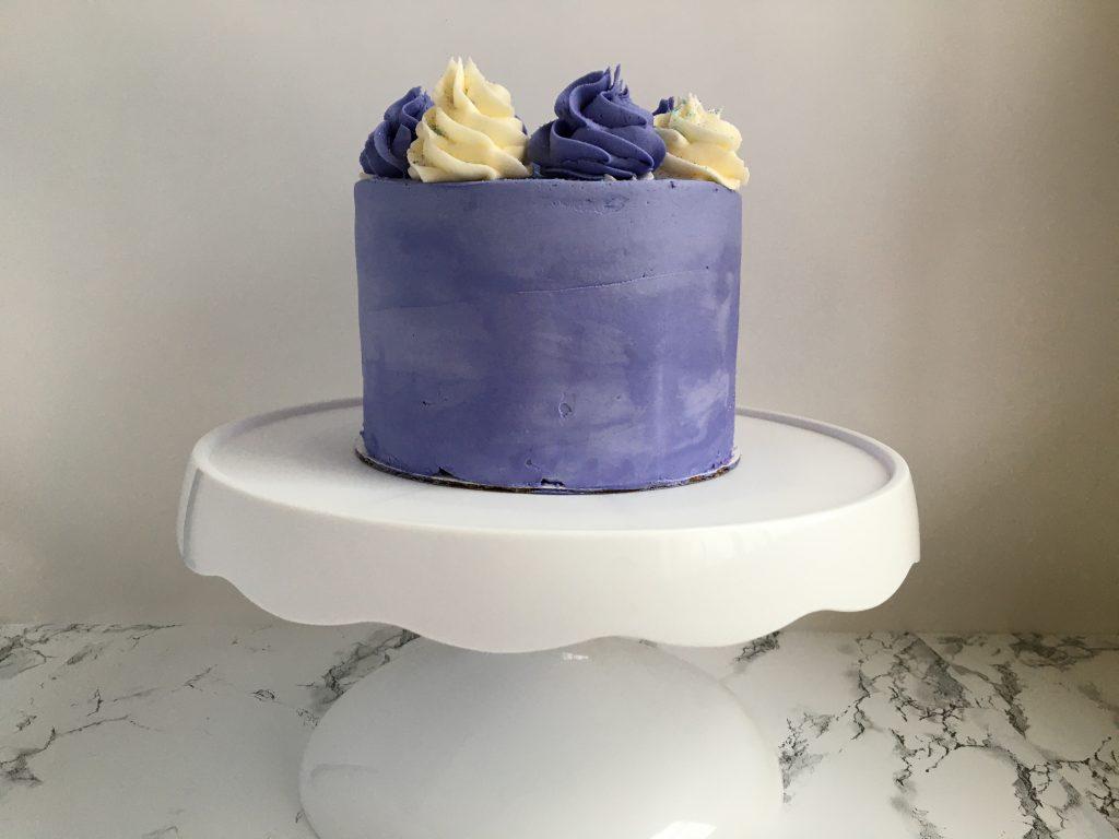 beginner cake decorating tutorial